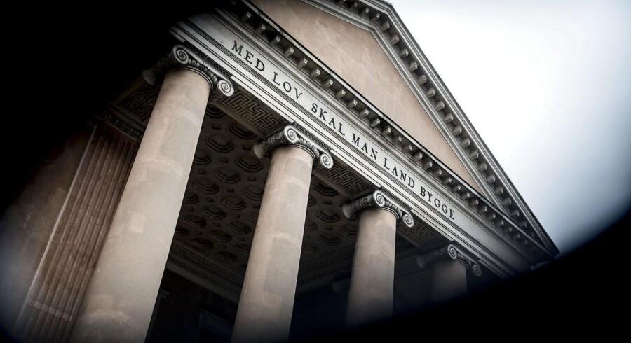 Alle har ret til et forsvar, også forsvarsadvokater, som mener, at Justitsministeriets initiativer til større tillid til advokater bygger på enkeltstående tilfælde og ikke i de vilkår, som forsvarsadvokater rent faktisk arbejder under.
