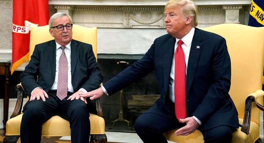 Formand for EU-Kommissionen, Jean-Claude Juncker (t.v.), mødtes i forrige uge med med USAs præsident, Donald Trump (t.h.), for at afværge en handelskrig.