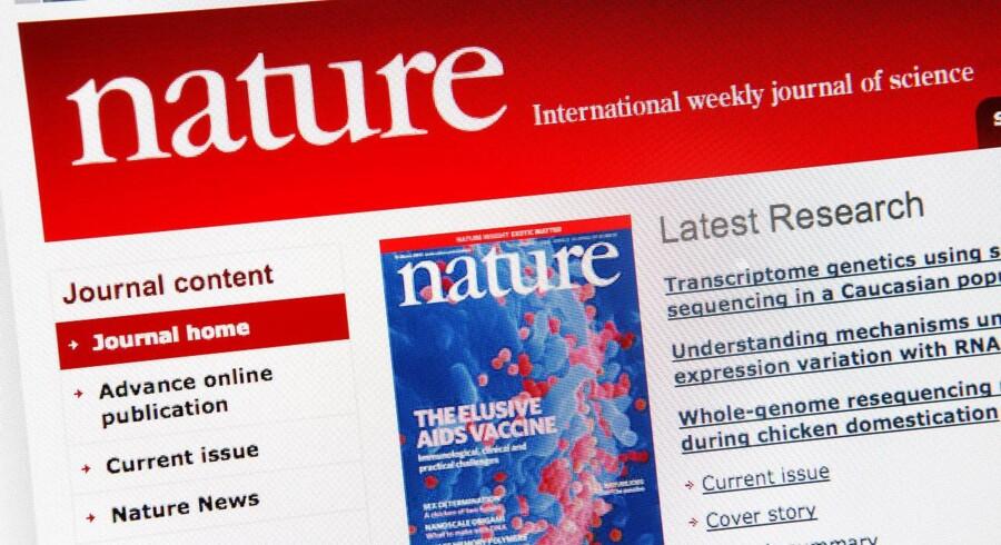 Danske universitetsforskere bliver urimeligt presset af internationale forskningstidsskrifter. Forskerne arbejder gratis og derefter bliver tidsskrifterne solgt med stor profit, bl.a. via abonnementer til danske universiteter for forskere.