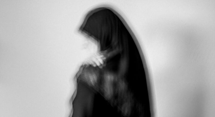 Berlingske sætter fokus på nogle af de problemer, et ukendt antal kvinder med anden etnisk baggrund lever med i Danmark. Her ses et sløret portræt af Jamila, der optræder anonymt af sikkerhedshensyn.