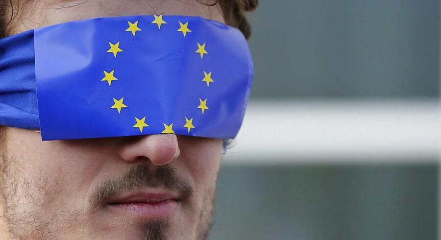 Ny EU-lov giver bedre beskyttelse af medarbejdere, der afslører ulovligheder i organisationer, de er ansat i. Men beskyttelsen er ikke vidtrækkende nok, mener Dansk Magisterforening. Arkivfoto: Vincent Kessler/Reuters/Scanpix-Ritzau