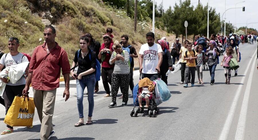 Færre flygtninge får opholdstilladelse i Danmark, men et flertal ønsker fortsat en strammere udlændingepolitik.