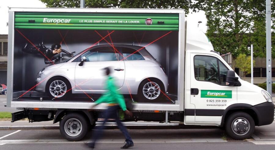 Det kan være en udfordring at gennemskue reglerne for forsikring, når man lejer bil.