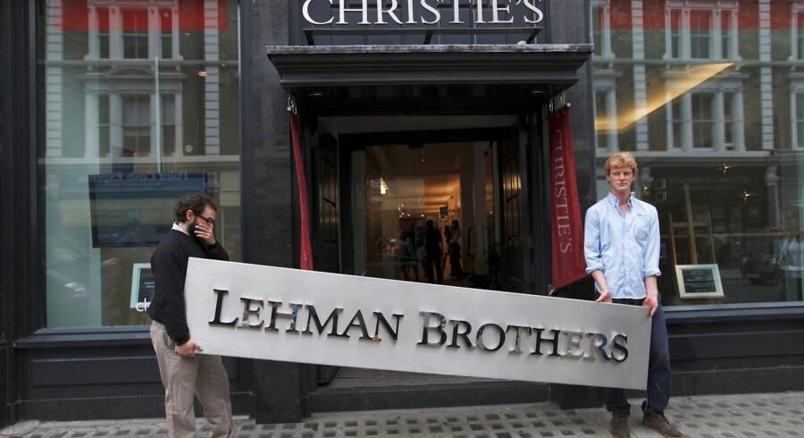 Ligheden mellem 30ernes depression og finanskrisen efter Lehman Brothers' kollaps er stor. Erhvervslivet var i stand til at reparere på aktiekriserne. Depressionen i 30erne blev ikke udløst af bobler, men af amerikansk protektionisme, og faren er, at det kan ske igen. Arkivfoto: Andrew Winning/Reuters/Scanpix Ritzau