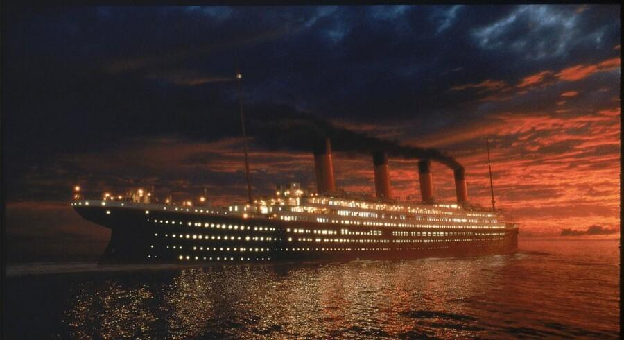 Dette foto er fra filmen »Titanic« og fortæller ikke meget om de forfærdende forhold på særligt skibets billigere klasser under forliset i april 1912.