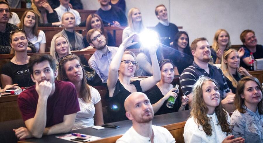 På CBS, som billedet stammer fra, bliver halvdelen af bacheloruddannelserne udbudt på engelsk.
