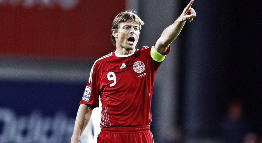 I karrierens sidste år var Jon Dahl Tomasson anfører for det danske landshold i en tid, hvor landsholdet blev beskyldt for at være lukkede og kedelige. Arkivfoto 2009. VM-kvalifikationskamp Danmark - Ungarn (0-1)