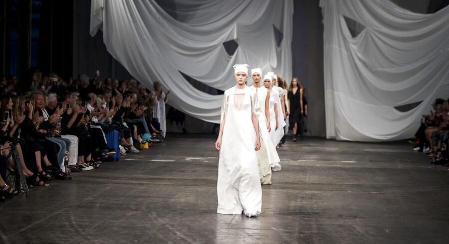 Ivan Grundahl, Lokomotivværkstedet, København. Copenhagen Fashion Week SS/18.