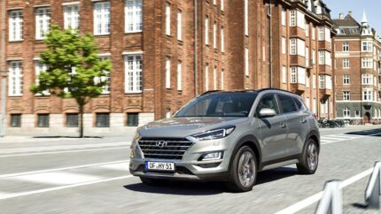 Fraprisen er lavere end nogensinde før på Hyundai Tucson, og den faceliftede SUV er hos forhandlerne i starten af oktober