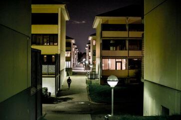 Måske findes svaret på, hvorfor otte unge begik et meningsløst overfald på to mænd, et sted i mørket mellem blokkene i Vestegnsghettoen Taastrupgaard.