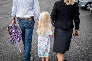 Hvis dit barn en enkelt gang kommer hjem og fortæller om en voldsom episode i skolen, anbefaler Skole og Forældre, Børns Vilkår og Red Barnet, at du som forælder henvender dig til det pågældende barns forældre.