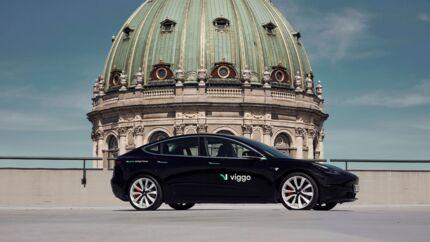Det nye selskab Viggo vil forsøge at indtage København med Tesla-taxier.