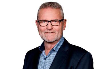 Socialdemokratiets nye ordfører for trafiksikkhed, Jan Johansen, blev i 2010 fanget i politiets fartkontrol, mens han kørte 115 km/t i en byzone, hvor man måtte køre højest 50 km/t.