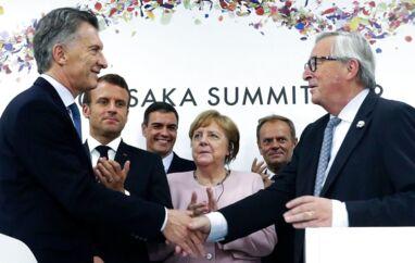 Argentinas præsident Macri og EU-Kommissionens formand Jean-Claude Juncker gav hånd på den nyeste af EUs netværk af handelsaftaler - denne gang med de sydamerikanske Mercosur-lande