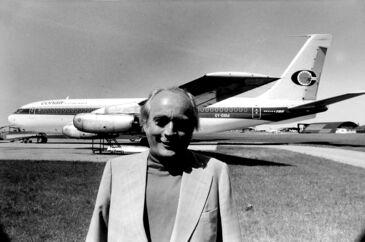 Simon Spies foran et af sine Conair-fly i maj 1983.