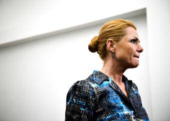 Inger Støjberg er en af de mest omdiskuterede politikere i Venstre. Hendes position i partiet er igen blevet genstand for debat, efter hun mandag tabte et kampvalg om en plads i Venstres ledelse på Christiansborg. Fravalget af Støjberg udstiller ifølge flere, at Venstre står i en usikker og potentielt farlig position. Og det kan få alvorlige konsekvenser.