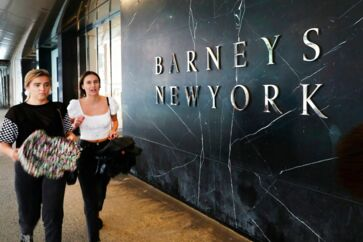 Barneys på Manhattan har fået fordoblet huslejen og er blevet for dyre selv efter mange velhaveres mening.