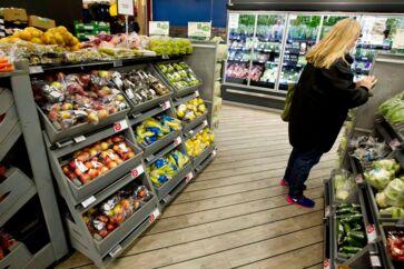 Coops klimakampagne betyder, at flere varer bytter hylder, så de klimavenlige fødevarer får en mere central placering.