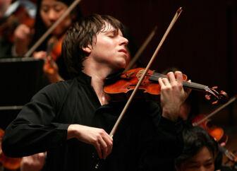 Joshua Bell købte violinen med den turbulente historie for knap fire millioner dollar. Foto: PR