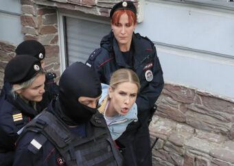 Ljubov Sobol er senest blevet anholdt d. 10 august tæt på hendes kontor i Moskva. REUTERS/Tatyana Makeyeva
