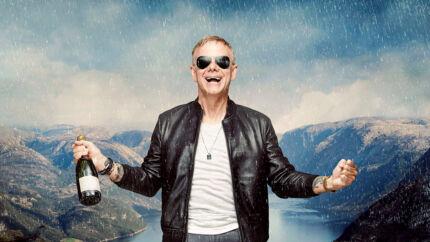 Efter en række #metoo-sager flygter Casper Christensen i serien »Undskyld Norge« til Oslo, hvor han forsøger at redde sin karrier med et stort anlagt talkshow. Serien er instrueret af komikeren selv og Nicolai Achton, der også medvirker som hans kameramand.