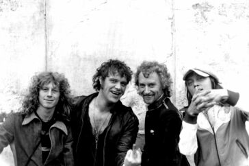 Gasolin i 1971 efter Søren Berlev (yderst til venstre) havde afløst Bjørn Uglebjerg. Desuden er det Kim Larsen, Franz Beckerlee og Willi Joensson.