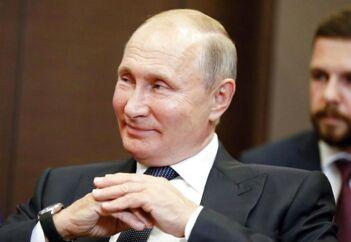 Her ses Rusland præsident, Vladimir Putin, under et møde med den israelske premierminister.
