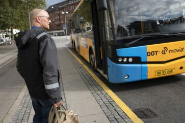 Når han skal på arbejde, kan Peter Bo Nielsen i dag tage fra sit hjem i Søborg med bus nummer 68 – eller alternativt 250S – direkte til Forum Station og skifte til en metro. Men det er slut, når Nyt Bynet træder i kraft 13. oktober, og 33 buslinjer i hovedstaden bliver omlagt.