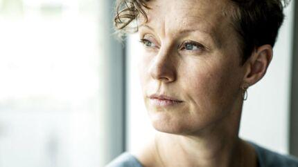 IT-sikkerhed er i dag blevet en kernefunktion i de store koncerner. Karrieremæssigt er feltet præget af fordomme, og det er synd, mener Sarah Aalborg, der er IT-sikkerhedsekspert hos Novozymes.