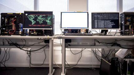 Fejl i Rigspolitiets brug af teledata får skarp kritik i ny rapport fra revisionshuset Deloitte.