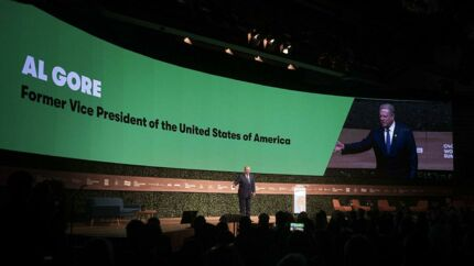 USAs tidligere vicepræsident Al Gore holdt en decideret klimadundertale på storscenen under borgmestertopmødet C40 i Tivoli Congress Center.