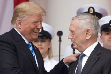 Donald Trump roste Jim Mattis til skyerne, da han udnævnte den trestjernede general til sin nye forsvarsminister. Nu nærmer luften mellem Trump og Mattis sig frysepunktet.
