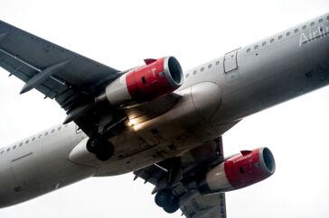 Flyselskaber og passagerer har en fordel, når de flyver fra danske lufthavne, fordi de ikke skal betale energiafgifter. Det skal man i de fleste andre vesteuropæiske lufthavne.