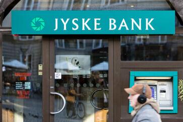 Bankaktier har haft et strålende efterår – for en gangs skyld. Jyske Bank er for eksempel steget 25 pct. siden starten af september. Det danske eliteindeks C25 er til sammenligning »kun« steget knap fem pct.