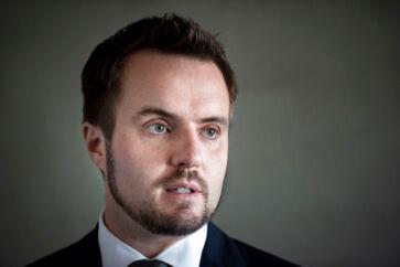 Erhvervsminister Simon Kollerup (S) glæder sig over, at Vækstfonden og Den Europæiske Investeringsbank har indgået en aftale om risikovillige investeringer i danske virksomheder.