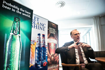 Carlsberg and CEO, Cees 't Hart, is facing a number of alleged corruption cases in it's Indian subsidiary.