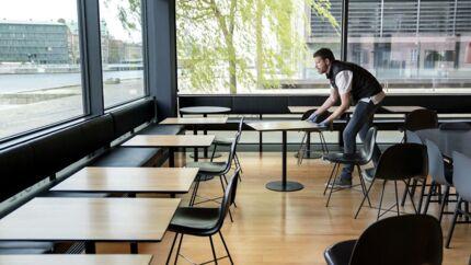Klar til genåbning. Restaurant No. 2 på Christianshavn, hvor kokkene er mødt ind, og restauranten er gjort klar til åbning.