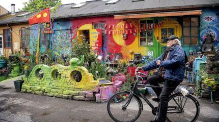 Christiania er åbnet efter den længste lukning i fristadens historie, fra marts til maj. I Pusher Street er intet helt som før, og så alligevel...