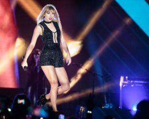 Den amerikanske popstjerne Taylor Swift forsøgte at begrave sit gamle image og rebrande sig selv på singlen »Look What You Made Me Do« og albummet »Reputation« AFP PHOTO / SUZANNE CORDEIRO