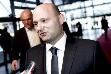 Den konservative leder Søren Pape ved ankomsten til Demokratiets aften tirsdag aften.