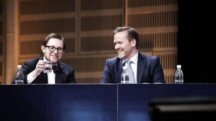 Liberal Alliances partileder, Anders Samuelsen (th.), og gruppeformand Simon Emil Ammitzbøll (tv.) vil styre partiet hen imod deltagelse i en borgerlig regering.Foto: Erik Refner