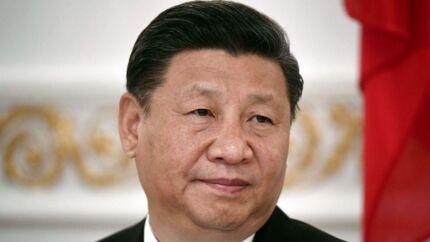 Kinas præsident Xi Jinping har checkhæftet med, når han skal mødes med USAs præsident Donald Trump 6-7. april.
