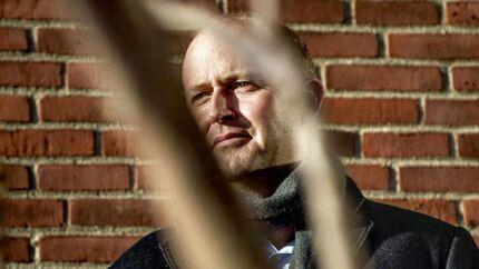 Yousees direktør Jaap Postma siger undskyld for TV-signalets sammenbrud nytårs aften, hvor mange danskere måtte undvære Dronningens nytårstale.