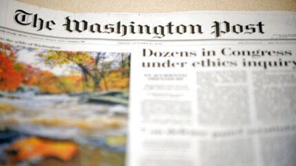 Ejeren af Amazon.com, Jeff Bezos, køber Washington Post for 250 mio. dollar (1,4 mia. kroner).