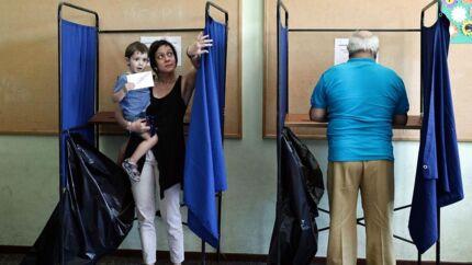 I dag skal Grækenland i en folkeafstemning tage stilling til EU's spare- og reformkrav i den hjælpepakke, der skal hjælpe landet ud af gældskrisen.