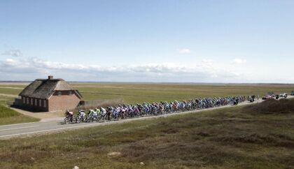 Herning er den kommune i landet, der bedst evner at skabe vækstvirksomheder i Danmark. Herning har de seneste år lykkes med at tiltrække store internationale arrangementer. Her er det netop overstået cykelløb Giro de Italia, der begyndte i Herning i år.