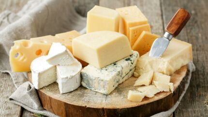 Elsker du ost? Elsker du jul? Så er der godt nyt.
