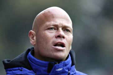 Randers FC - FC Midtjylland (3-0). Randers' hjælpetræner Stig Tøfting på sidelinien.
