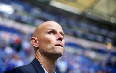 epa02865623 Cologne's head coach Stale Solbakken is seen before the German Bundesliga soccer match between FC Schalke 04 and FC Cologne in Gelsenkirchen, Germany, 13 August 2011. (ATTENTION: EMBARGO CONDITIONS! The DFL permits the further utilisation of the pictures in IPTV, mobile services and other new technologies only no earlier than two hours after the end of the match. The publication and further utilisation in the internet during the match is restricted to 15 pictures per match only.) EPA/ROLFVENNENBERND