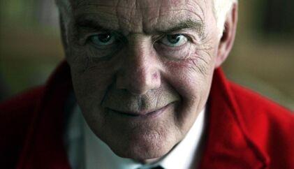 Erling Olsen startede sin karriere i Folketinget i 1964 og nåede at sidde i tinget i sammenlagt 27 år.